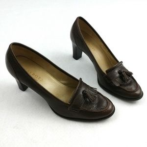 Talbots Leather Tassel Loafers/Pumps Size 8B